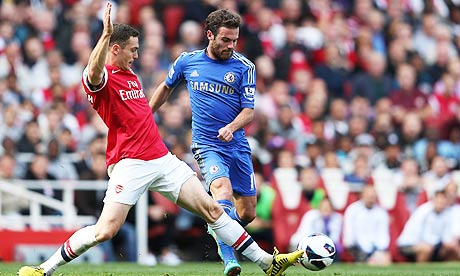 Juan Mata makes the difference as Chelsea edge out Arsenal