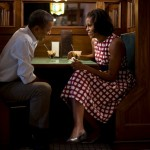 President Obama and first lady at an ordinary restraunt (part of 47%?)