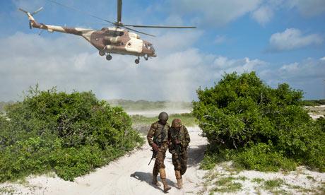 Kenyan troops launch beach assault on Somali city of Kismayo