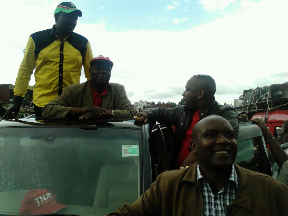 Ruto in the Jubilee rallies in Kisii, a section of crowd demanded him to apologize for 07 PEV