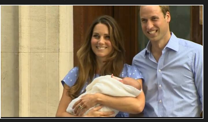 Kate Middleton and Prince William Present Son To The Paparazzi