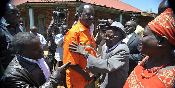 JUST IN: William Ruto's Supporters Set To Disrupt Raila Odinga's Event In Cherangany