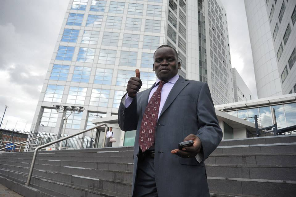 Embarrasing Moments  At The ICC As William Ruto Abandons Joshua Sang,  A Hostile Co-Accused!