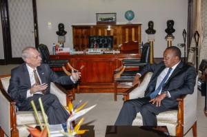 President Uhuru Kenyatta with US Ambassador Robert Godec