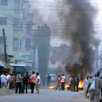 War In Mombasa? Rioters burn church as they protest murder of Muslim cleric