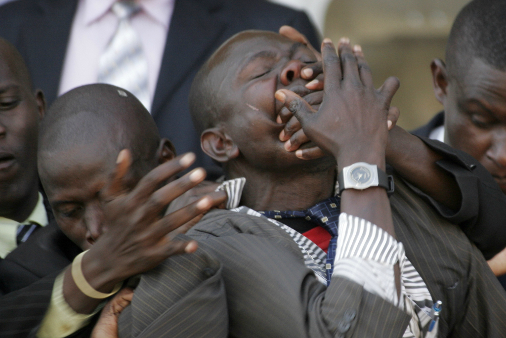"Uhuru Kenyatta's ""Kill"" The Media Youtube Video wins a European A Ward"