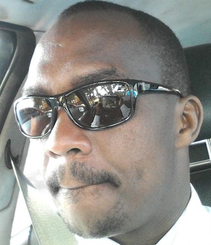 Eric Ngeno: Uhuru is POWERLESS, held hostage by Kibaki bureaucrats