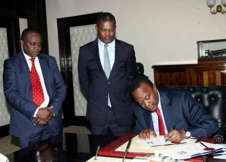Uhuru's Shocking Christmas GIFT: MEDIA BILL SIGNED INTO LAW by the president!