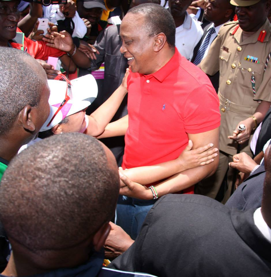 Uhuru Scoops BONGA Points as he receives Magret at the FINISH LINE