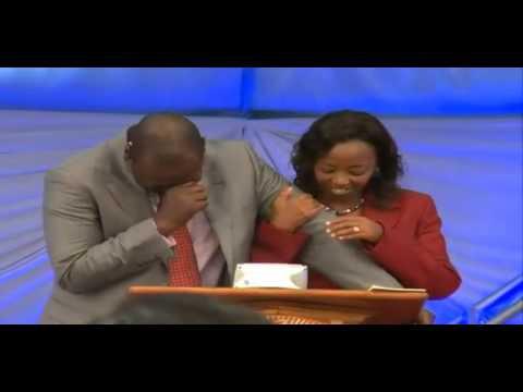 Ruto set to CRY as Binyavanga Wainana – HOMOSEXUAL is appointed ADVISOR to Uhuru