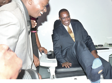 WATCH: Dr Kidero's torn sock which FORCED wife to apologize to Nairobians