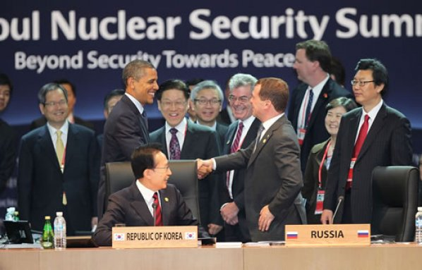 Fury in Hague as 'blondes' BLOCKED from serving lunch to top world leaders nuclear summit OBAMA attending
