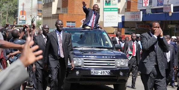 Comparing Raila and Uhuru's RECEPTION in Eldoret puts Jubilee to shame