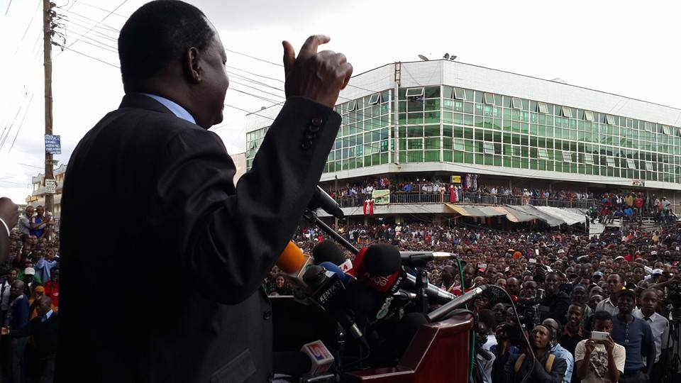 MAD LOVE for Baba:  EASTLEIGH FLOODED with HUMANITY upon Raila's visit