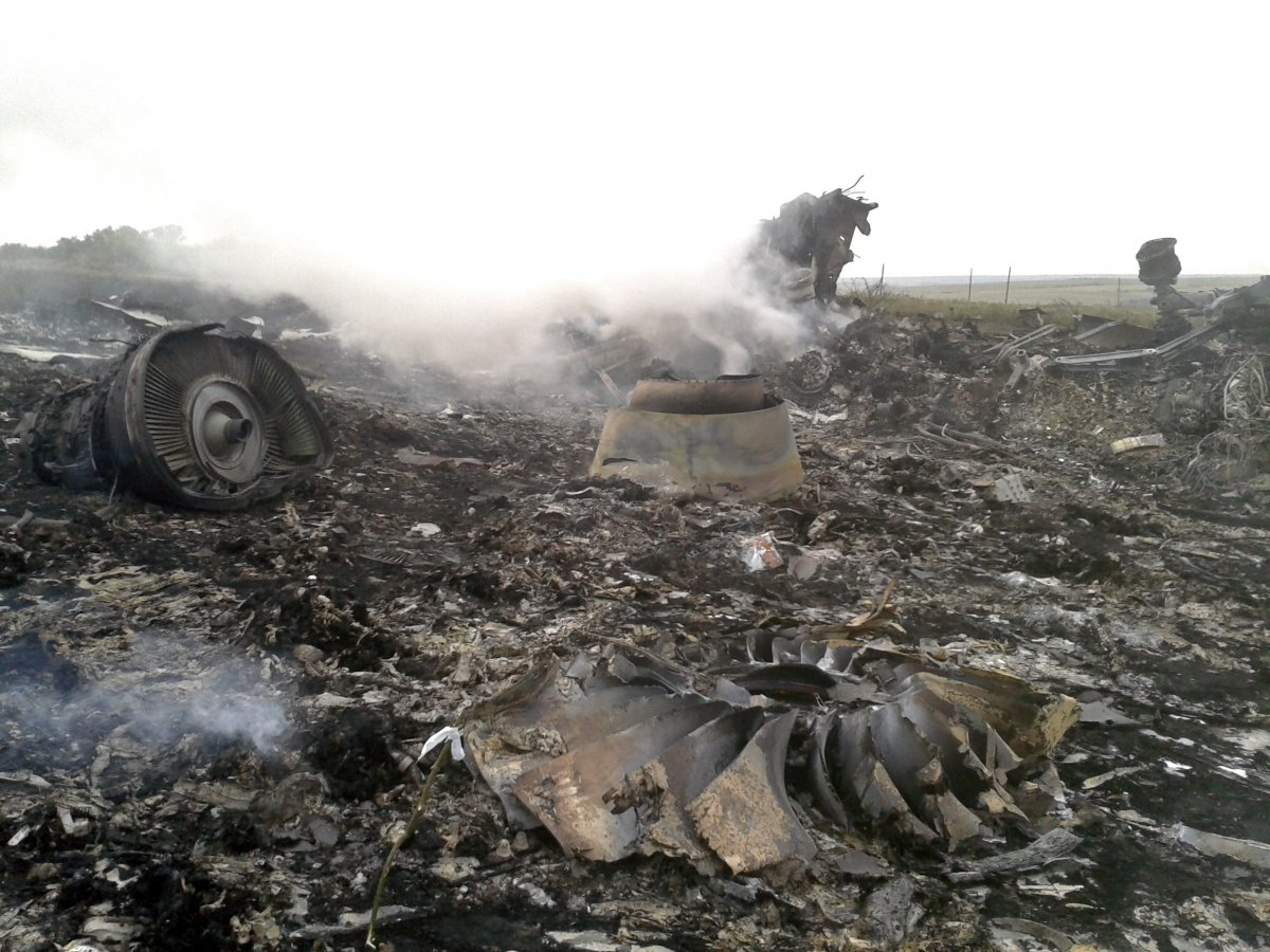 SHOCKING: RUSSIAN Separatists Shot Down Malaysian Plane in Eastern Ukraine
