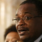 REVEALED: Governor Kidero HIDDEN HAND in proposed Uhuru tour of Kibra
