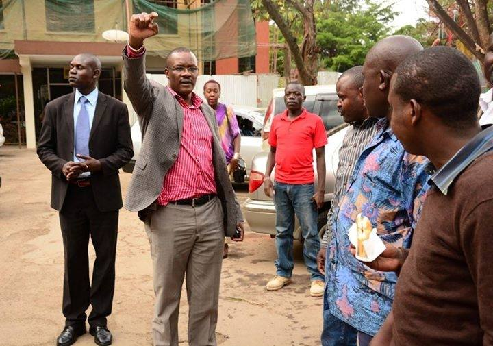 Ex Raila top aide Eliud Owalo puts more effort at Kibera's GROUND ZERO helping the slum poor
