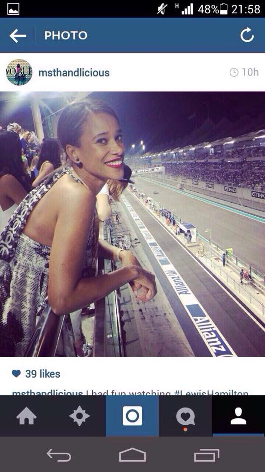 HERE are the PICTURES of the HOT lady  who took selfie with President Uhuru in Dubai