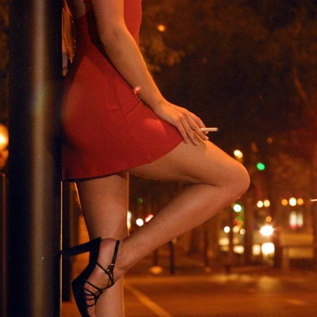 22 ASIAN GIRLS arrested for PROSTITUTION in Parklands club swoop